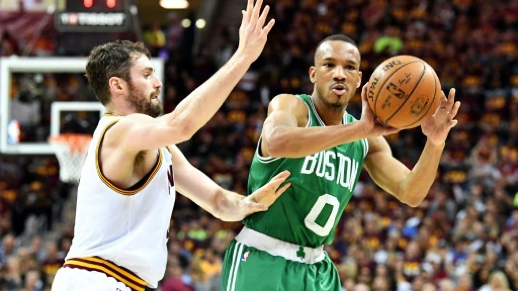 Celtics rally to beat Cavaliers in NBA East Finals