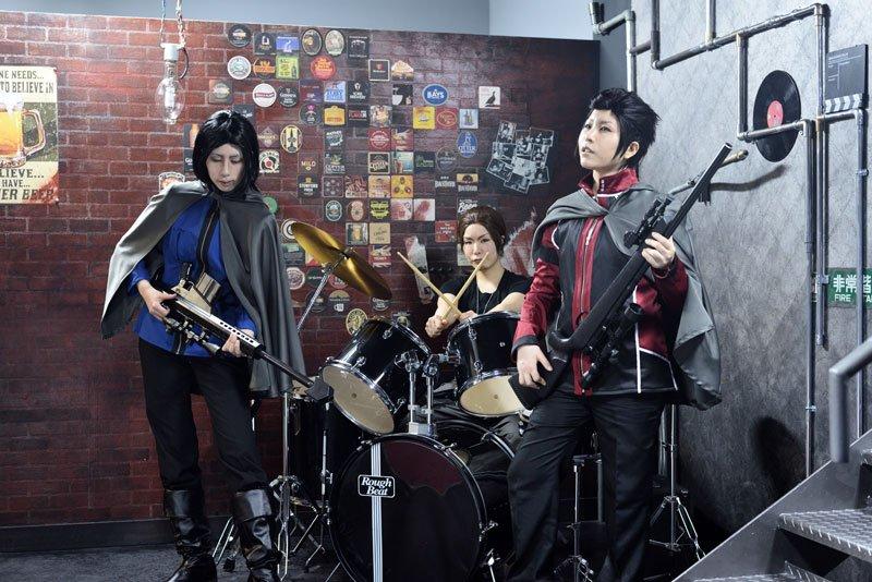 【コスプレ】バンドを組んだときの写真です 当真@エムトリ 冬島@潤雷 東@まちだこのときエムトリさんが「マジンボーンでも