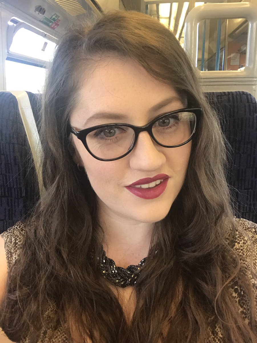 RT @LydiaKayE15: On my way to the @ActingHour networking event! #ActingHour #actorslife #indiefilm https://t.co/d9mngm6DuM