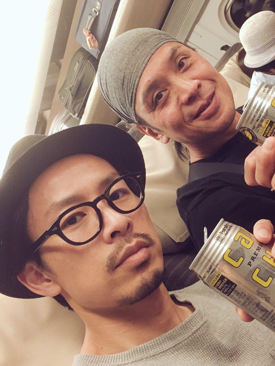 里見八犬伝 青森公演横山さんと2人で出発‼︎初めての青森という事で2人で色々行って来まーす‼︎もちろん昼からお酒で身体を