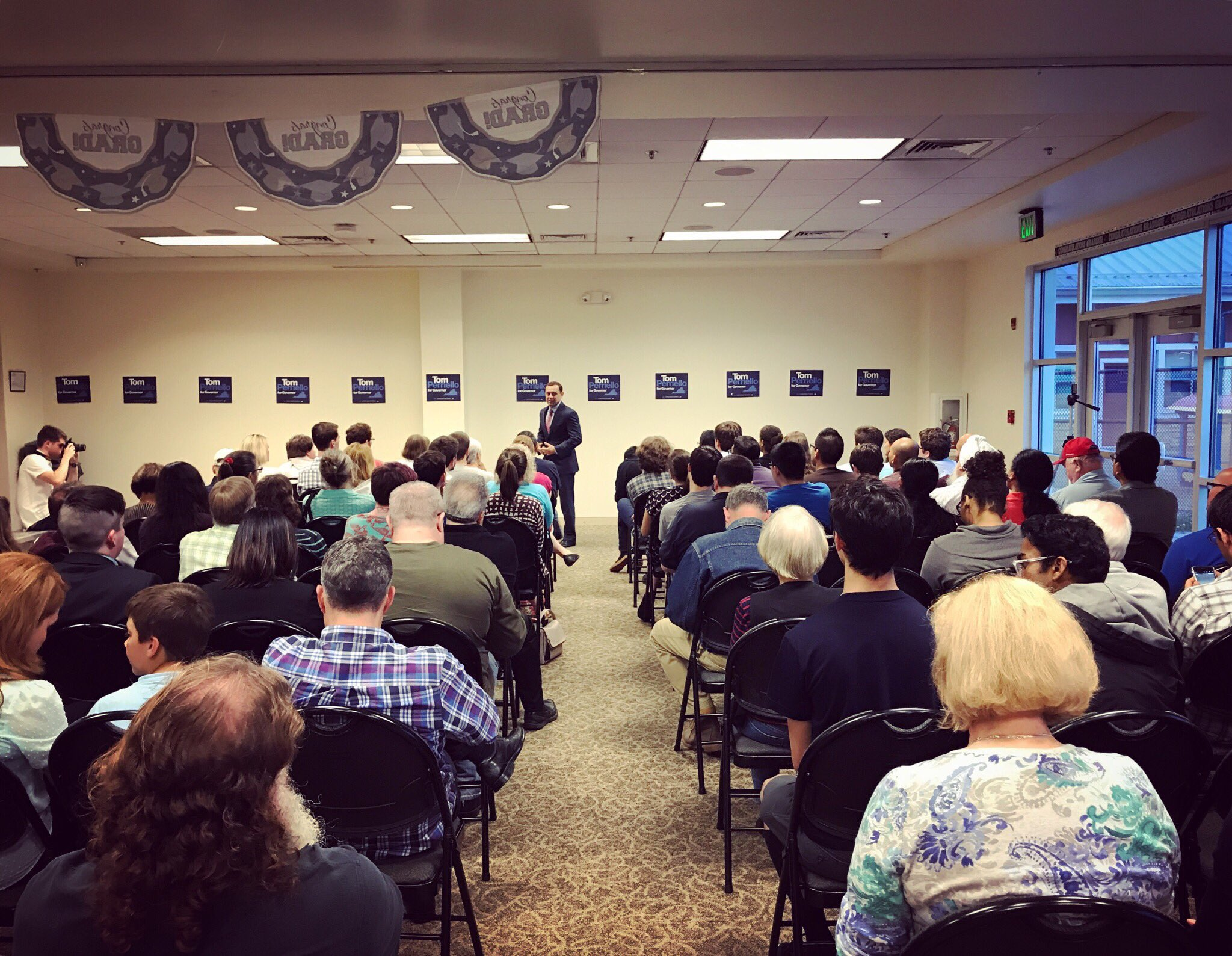 We're live for our Sterling town hall! Join us: https://t.co/T5svfwF4F8 https://t.co/70VUWUNjBE