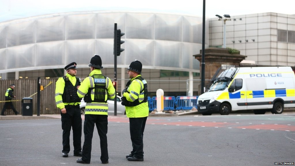 Manchester Arena blast  • 19 dead • At least 50 injured • Suspected terror attack • Latest https://t.co/pg8i6noINL https://t.co/HRQ1yOF4m8