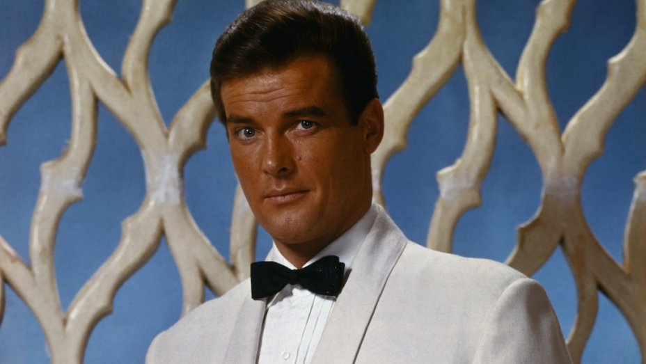 Roger Moore, Who Played James Bond the Longest, Dies at 89