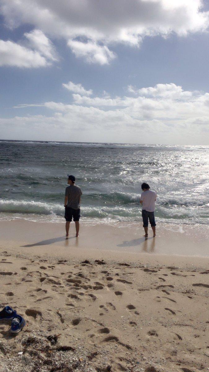初めてのツアー沖縄で海行ったときのmonoちば#神聖かまってちゃん #shingeki #フラゲ日