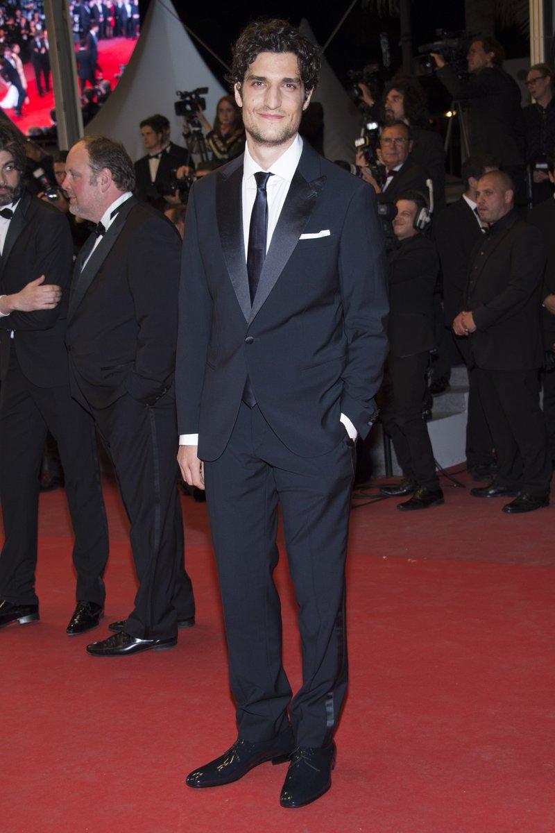 ルイ・ガレルー第70回カンヌ国際映画祭のレッドカーペットでジョルジオ アルマーニのタキシードを着用しました。 #GiorgioArmani #ArmaniStars #Cannes2017 https://t.co/B8jE06jaUp
