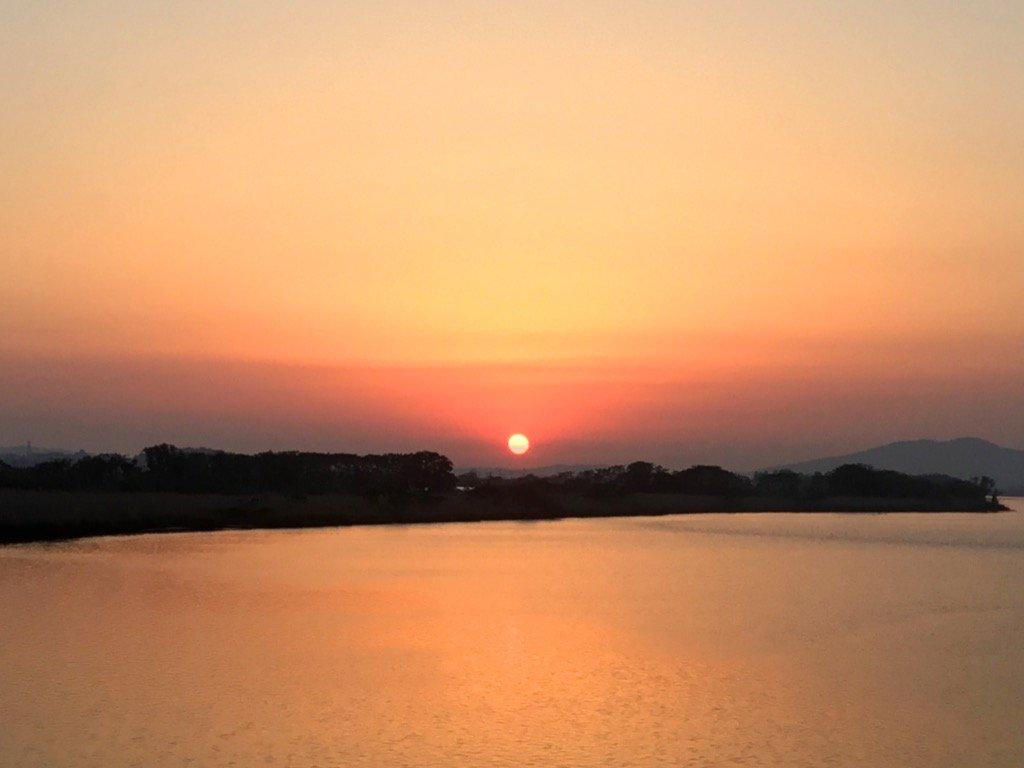 コンバンハ(o^^o)皆様に感謝ですm(_ _)mお疲れ様です(^^)お先におやすみします(^^)トトロ仙人(_ _).