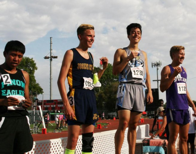 Horizon Honors runner wins three state championships