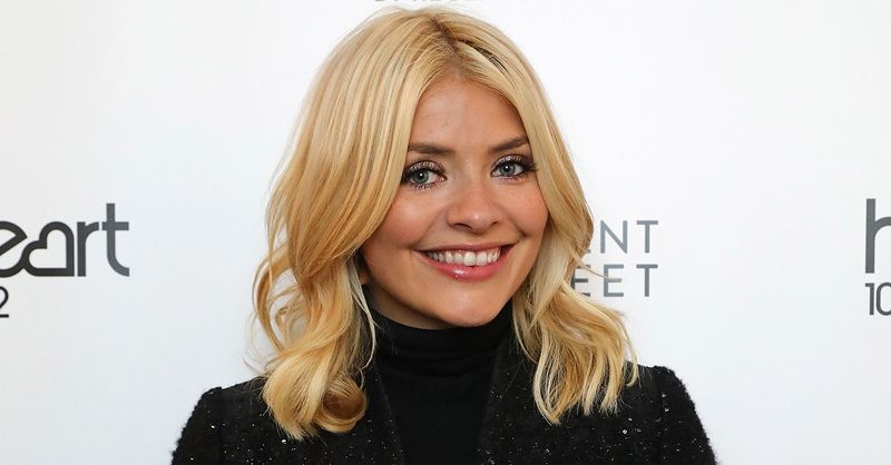 Holly Willoughby posts heartfelt tribute to emergency services following Manchester
