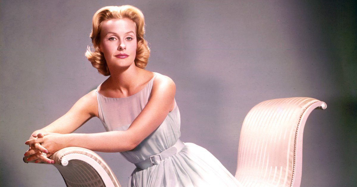 Prolific actress and philanthropist Dina Merrill has passed away at the age of 93:
