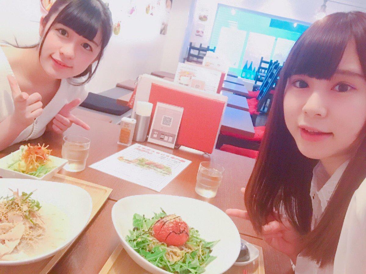 今日のお昼はれいちゃんと食べたよ💕バイバイしてエラバレシイベント前に紀伊国屋西武渋谷店にて開催中の「CHAOS;CHIL