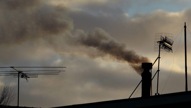 Cold snap leaves southern air polluted
