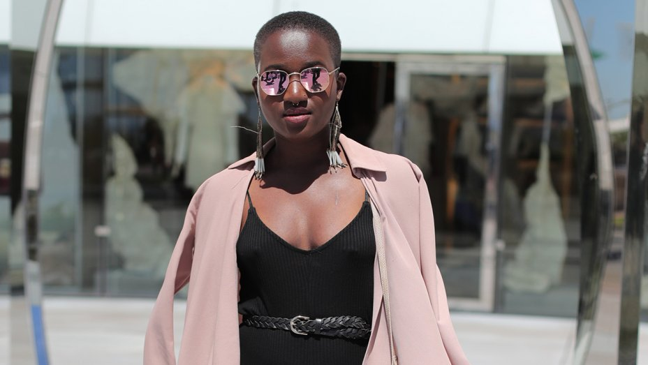 RT @pretareporter: Shady business: See the best street style (and sunglasses) at Cannes: