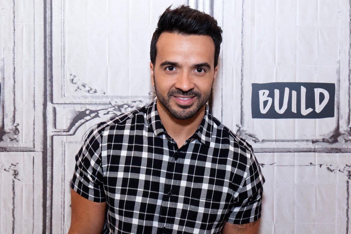 9 songs to listen to if you love Luis Fonsi's 'Despacito' remix:
