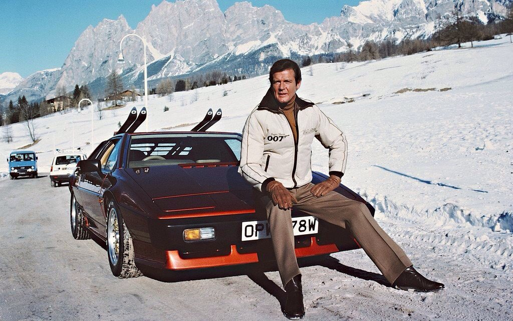 RT @TikiAmbassador: Nobody Does It Better: Remembering Roger Moore https://t.co/obmIGxut2E https://t.co/I4uMDHQvUF