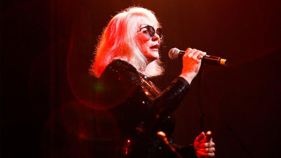 Blondie, more musicians cancel U.K. concerts after Manchester attack