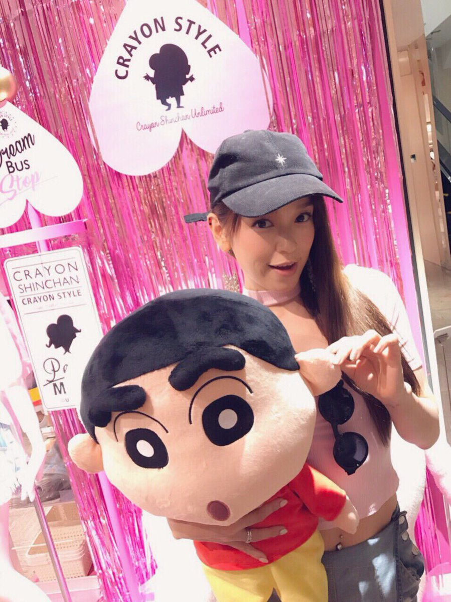 歌手で女優のSoweluさん(  )が #CRAYONSTYLE POP-UP SHOPに遊びに来てくださいました💕💕バ