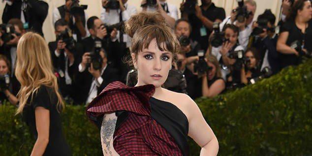 Lena Dunham has canceled her Lenny IRL tour because her endometriosis has worsened.
