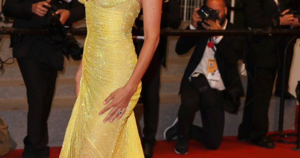 This star just RETURNED to Cannes after giving birth in March...