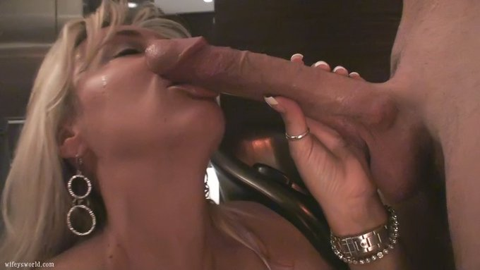 """1 pic. O M G! Just released """"private vault"""" vid of me and the WhiteWhopper.. Unbelievable! Cum see! https://t"""