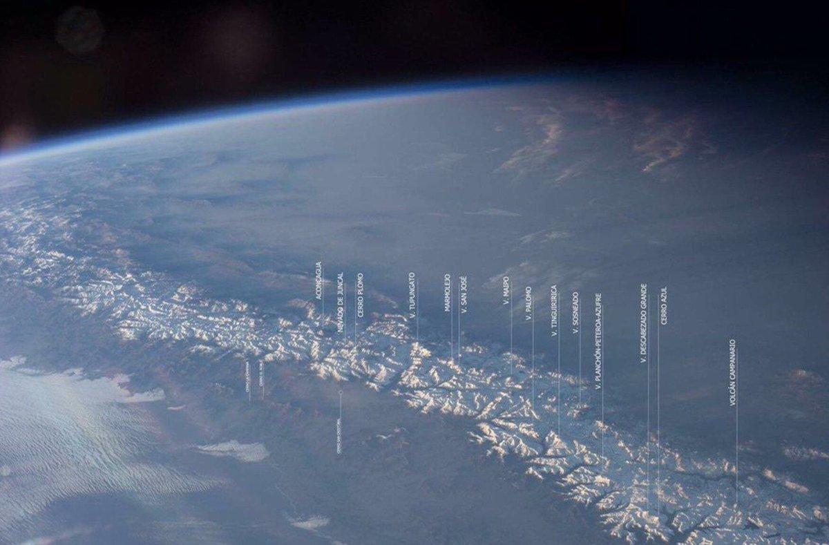 RT @cristobalreus: La Cordillera de Los Andes vista desde la Estacion Espacial. Una maravilla #FelizMiércoles https://t.co/zo7Qq3kh5K