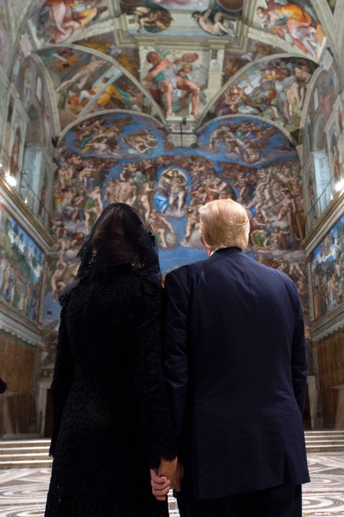 RT @JamesMartinSJ: Donald Trump and his wife Melania stand before The Last Judgment.   Photo @oss_romano https://t.co/oI7G5guXUn