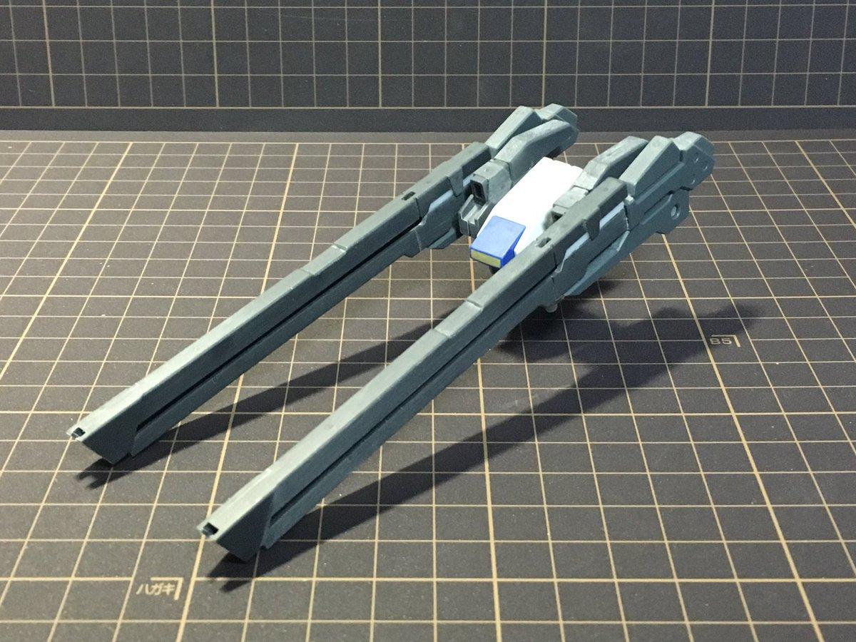背中の武装が気に入らなかったので新しく制作「2連装JPRレールガン」小口径ながら弾速と貫通力が非常に高く、シールドライガ