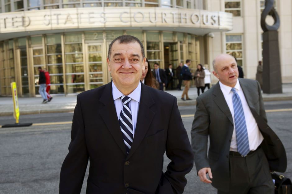 New guilty plea in U.S. bribery probe into FIFA - Football