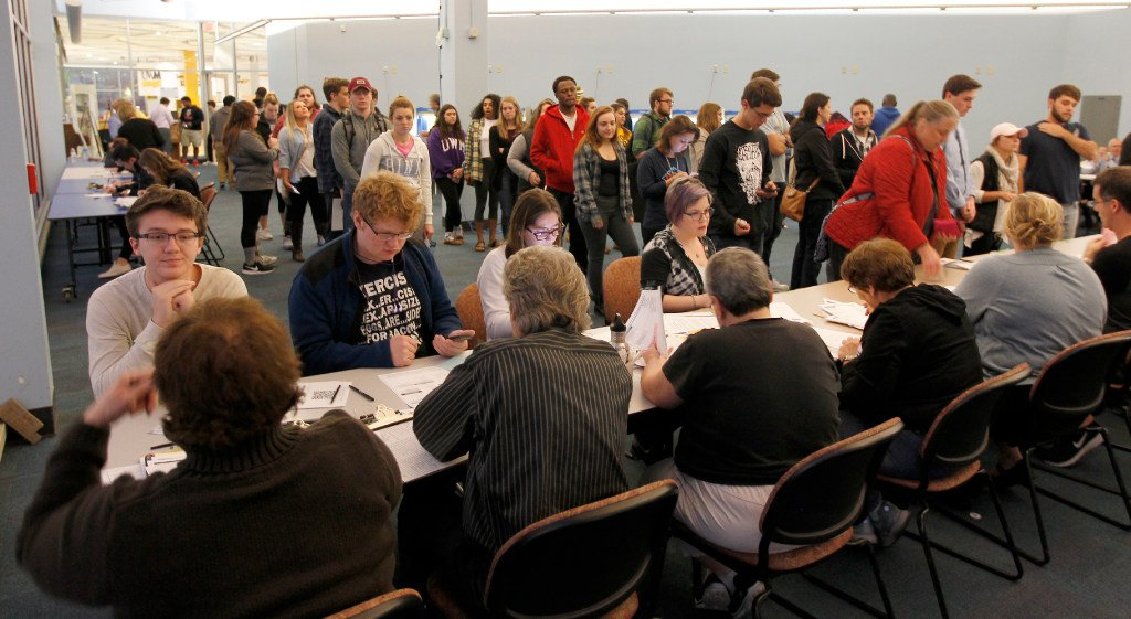 Wisconsin photo ID law cut voter turnout by 200,000 in 2016 presidential election?