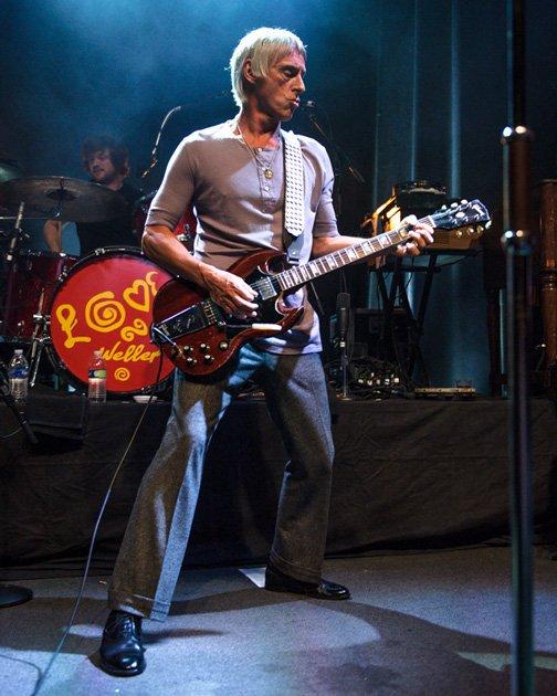 Happy Birthday Paul Weller . My hero.  Have a great MOD birthday xxxx