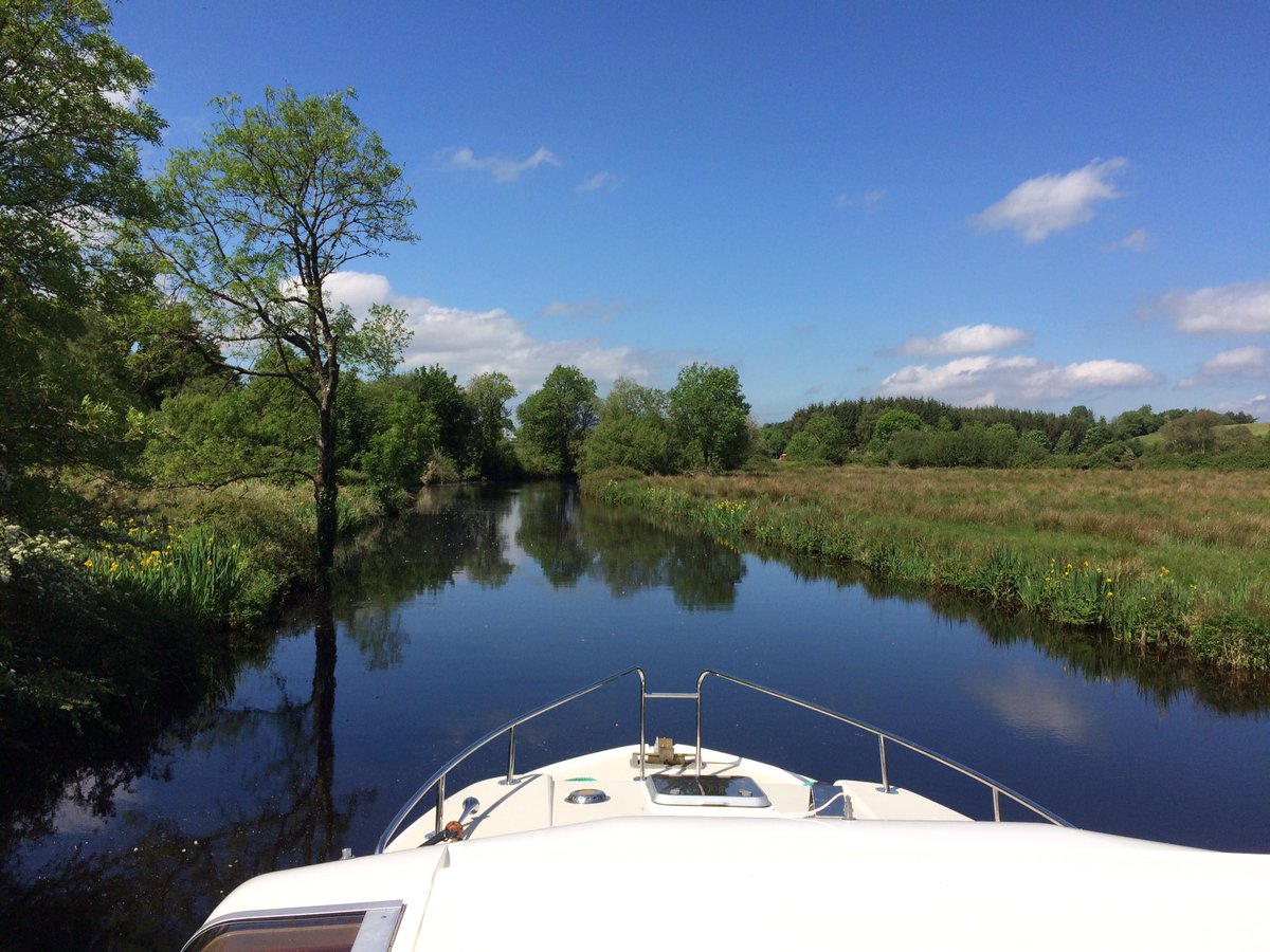 RT @DenisJeant: #Scarriff #river #boat #ireland @Failte_Ireland #LoveIreland https://t.co/3u7Hpfiq1M
