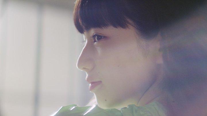 [話題の記事]小松菜奈が主演したザ・チェインスモーカーズの新PVが公開。川村元気が監督、『宇宙兄弟』の小山宙哉がキャラデ
