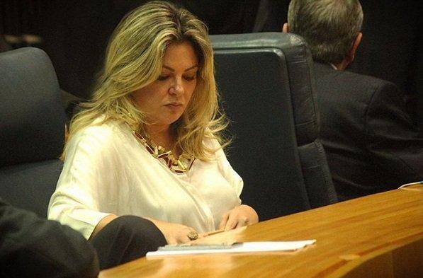 Secretária de Direitos Humanos de SP se demite após 'ação desastrosa' na Cracolândia.