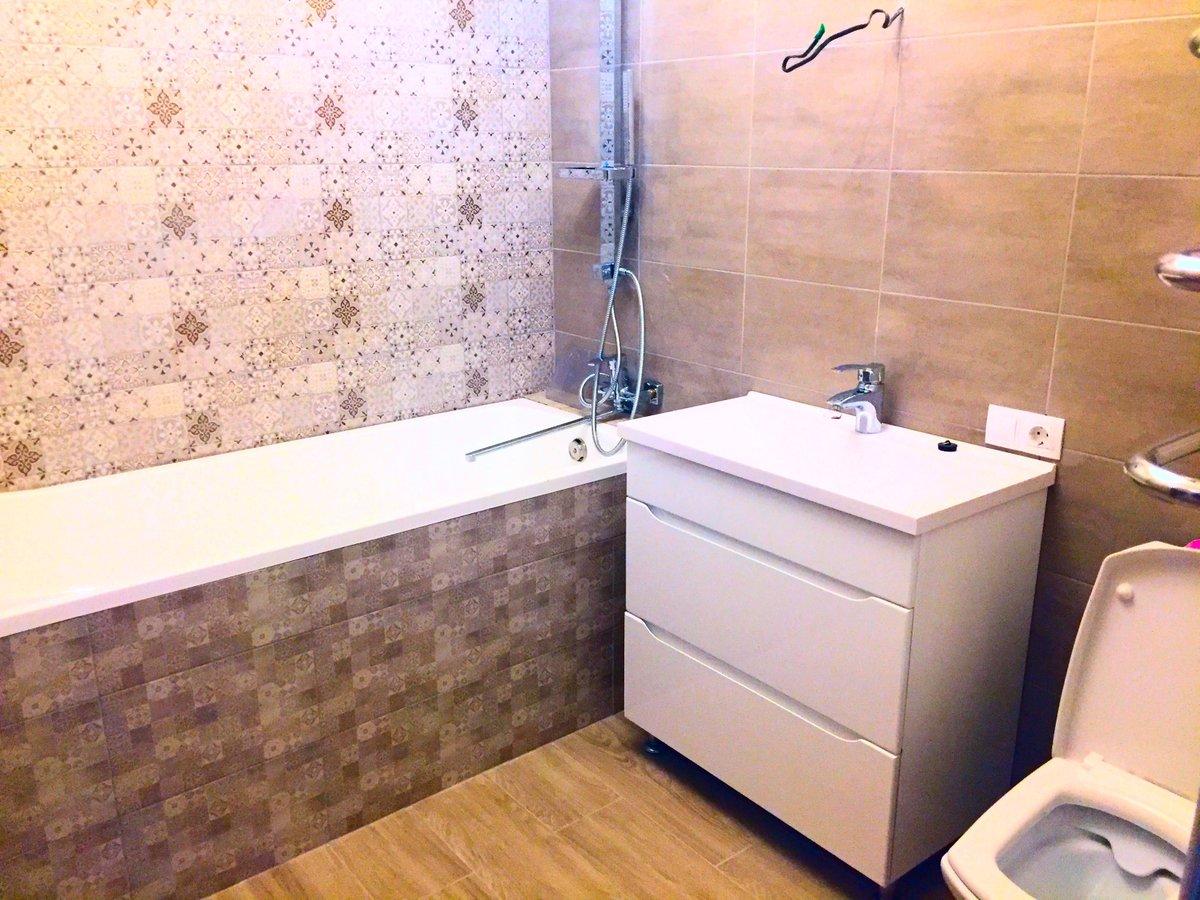 Как отделать ванную комнату пластиковыми панелями 52