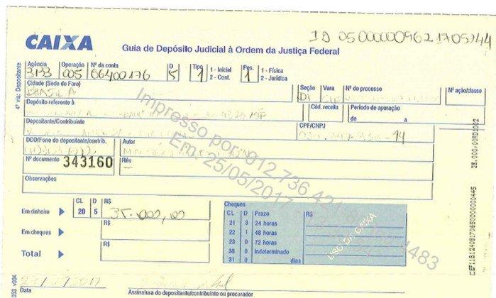 Rocha Loures devolve os R$ 35 mil que faltavam da 'mala da propina'.