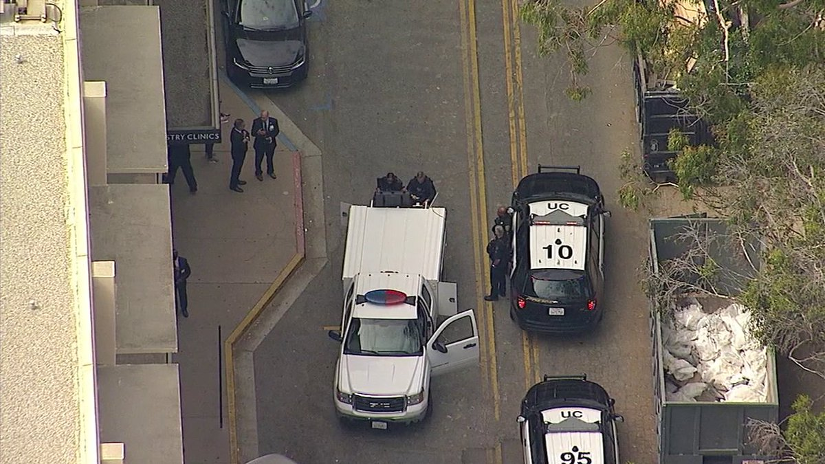 "#BREAKINGNEWS LAPD sending bomb squad to possible ""incident"" at UCLA School of Dentistry, police say"