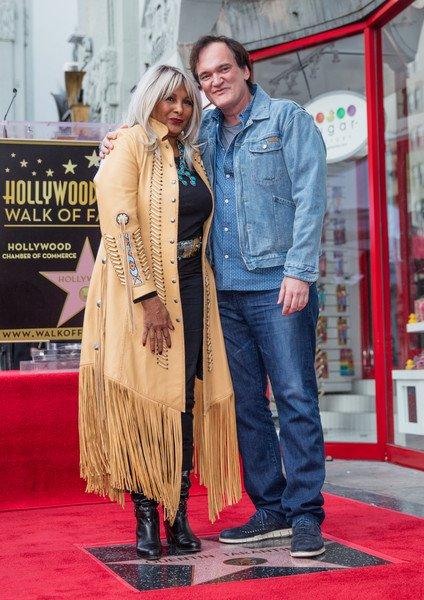 Happy Birthday, Pam Grier!!  Aquí con Tarantino