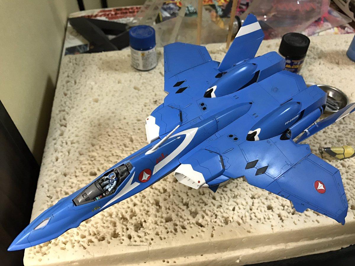 VF-22S、デカール貼りました。統合軍マーク付くと一気にマクロス感アップ!貼りながら、ちぎれちゃったり、トラブルも出た