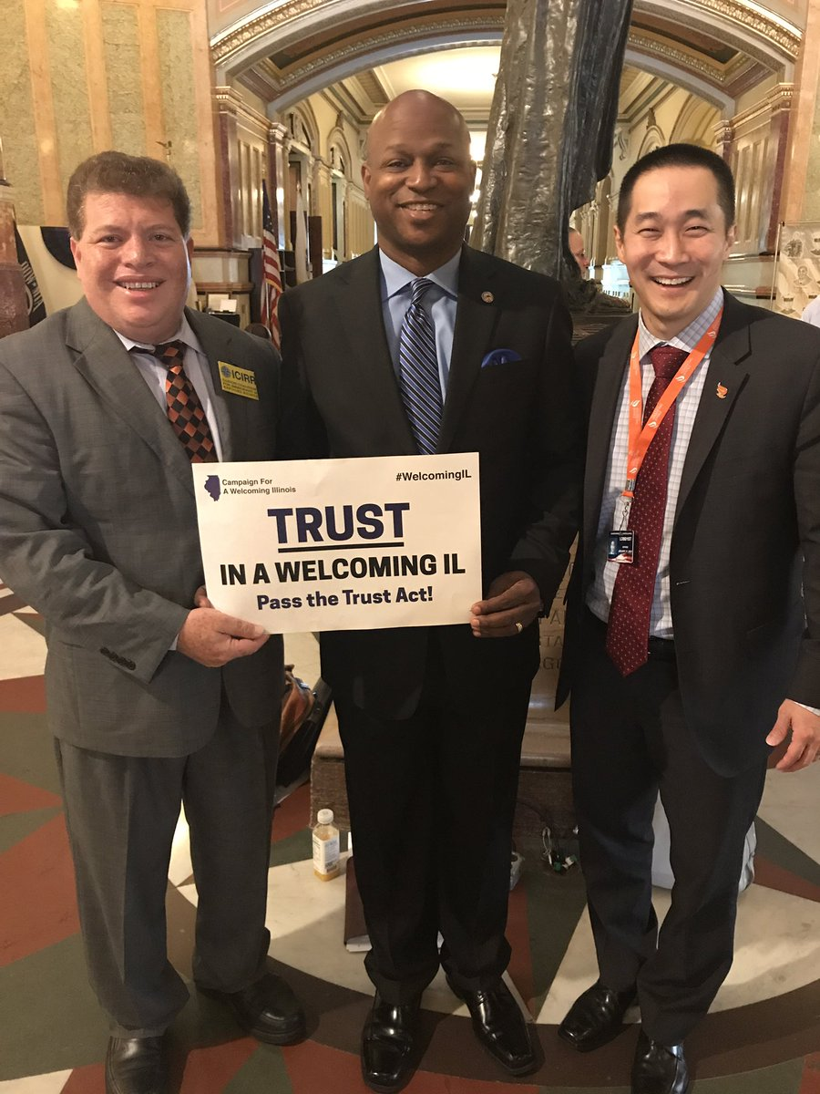 test Twitter Media - Working with my coalition partners into the weekend to pass SB31, the Illinois Trust Act. #TrustAct #WelcomingIllinois https://t.co/yNoOlMSC9K