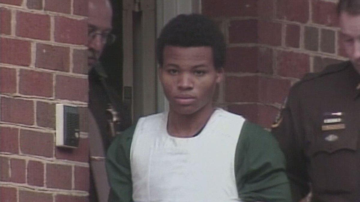 #BREAKING Judge overturns life without parole sentence for DC sniper Lee Boyd Malvo #fox5dc