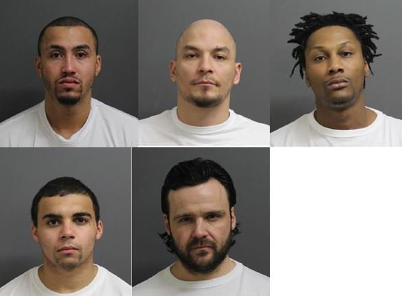 RT @StarTribune: 5 inmates at large after Lino Lakes prisoner hijacks van, escapes https://t.co/y4RDpGrdsO https://t.co/7l3uNNz3E9