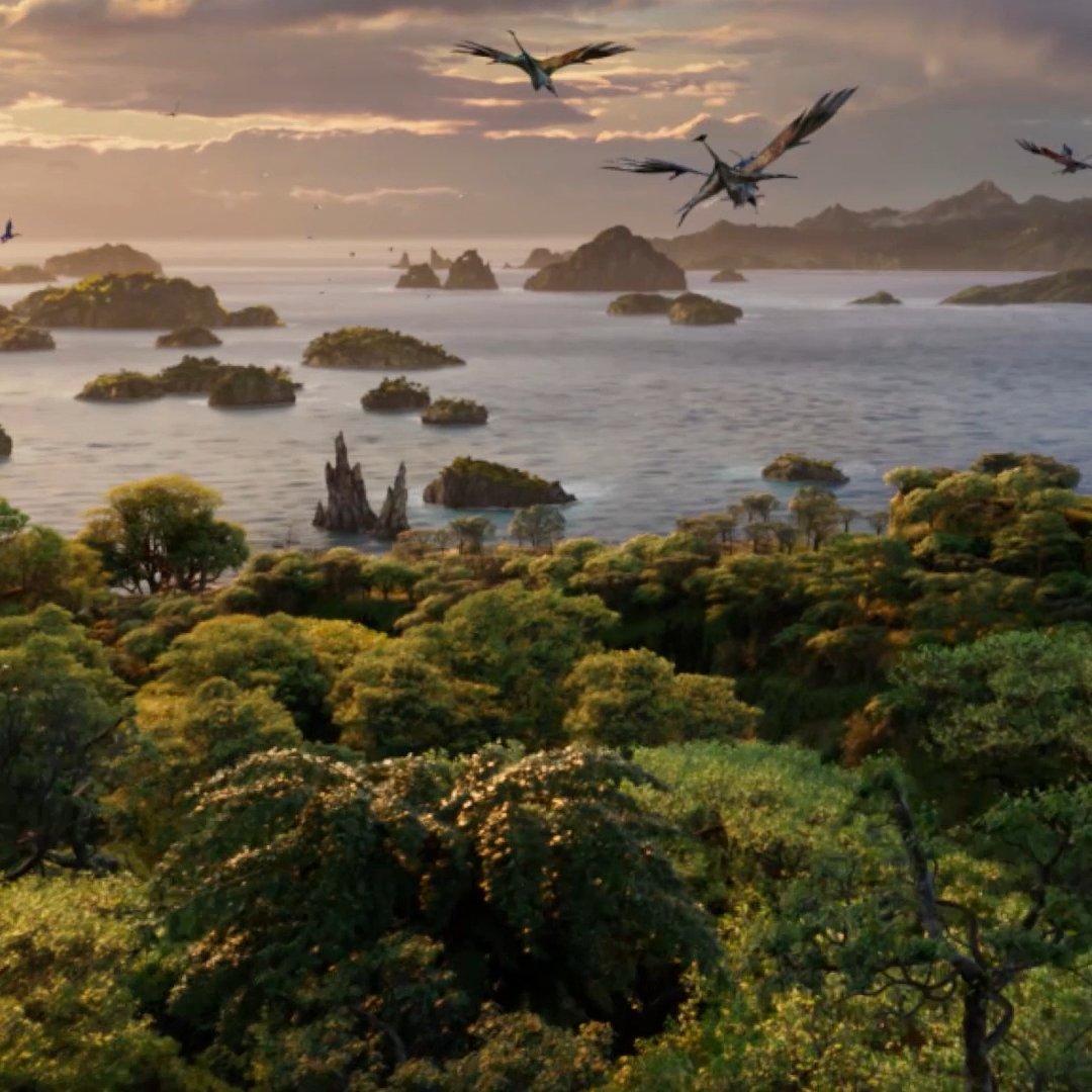 Walk on the wild side in Pandora – The World of Avatar at @WaltDisneyWorld. #VisitPandora