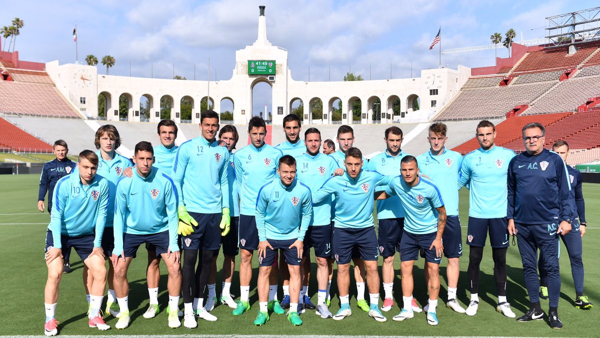 test Twitter Media - Croatian team before official training session at @lacoliseum. Ready for the match vs @miseleccionmx tomorrow! #BeProud https://t.co/mB5AmqiKYv