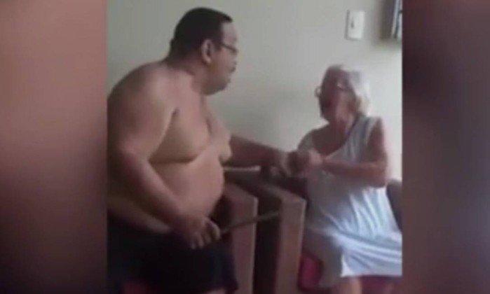 Advogado é preso após ser flagrado em vídeo agredido a mãe idosa no Maranhão.