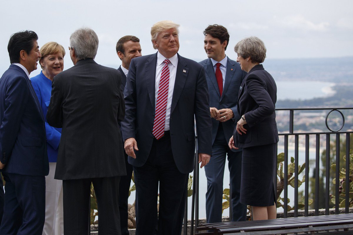 "Top Trump adviser says POTUS is ""looking at"" lifting Russian sanctions"