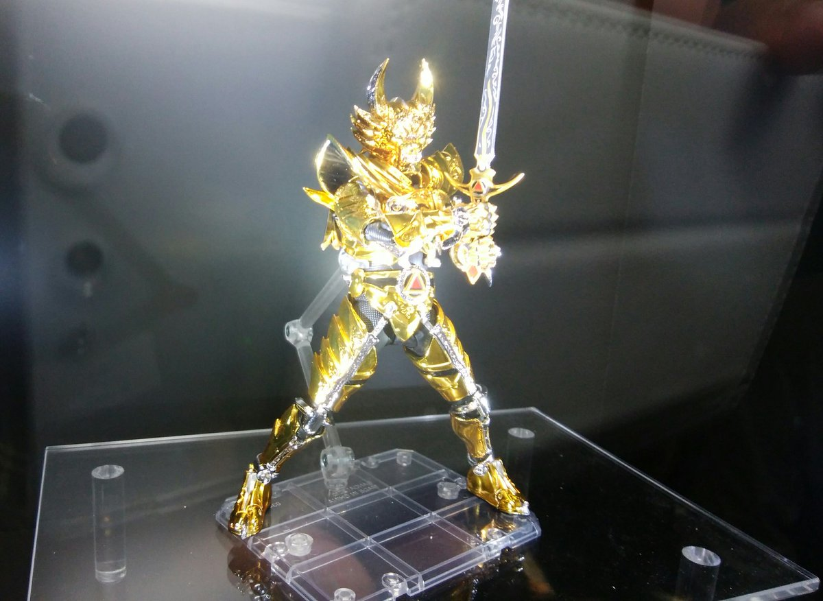 黄金騎士とザルバ!!ザルバしゃべってる~#魂大阪#牙狼
