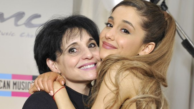 Ariana Grande Adorably Wishes Mom Joan A Happy Birthday :  ,,,,