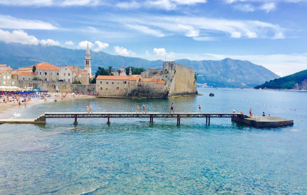 Plaisir des yeux, deux jours au Monténégro sur la côte adriatique pour séminaire @bouyguestelecom . Belle région https://t.co/1sfQ6XIAVm