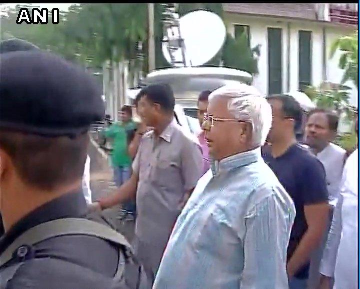 Rashtriya Janata Dal (RJD) chief Lalu Prasad Yadav reaches Special CBI Court in Jharkhand's
