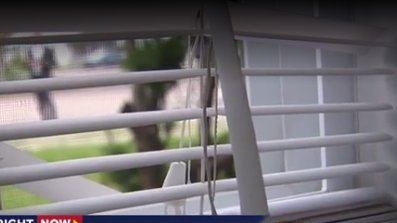 Woman discovers peeping tom outside window in middle of night