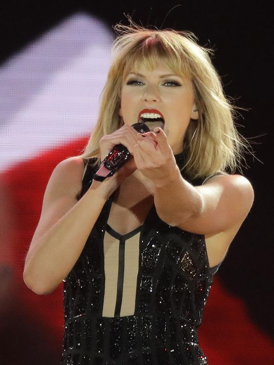 Taylor Swift is returning her music to streaming services. (Photo: AP)